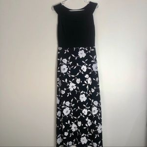 Enfocus studio long dress size 6 black and white